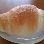 リトルマーメイド - 塩パン 129円