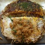 中ちゃん - 中ちゃん(広島県広島市中区弥生町)お好み焼き(肉・玉子・生イカ入り)そば入り800円
