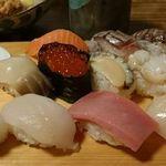 港寿司 -