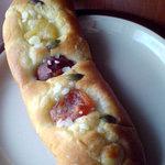 サクラベーカリー - フルーツパン