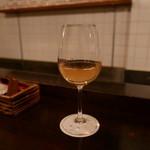 ピッコロジャルディーノ - 白ワイン(グラス)