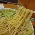 北海屋 - チャンポン 麺リフト