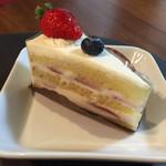 パティスリーgigi - 料理写真:ショートケーキ