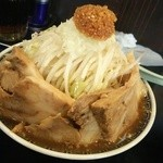 らーめん つけ麺 雅狼 - 雅狼ラーメン普通盛り750円、小豚150円