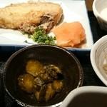 わのみせ - 日替わり定食。味噌汁も美味しかったです。