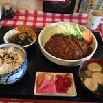藤正 - 料理写真:2016,02,12 チキンカツカレー980円