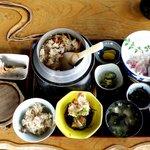 麦 - 料理写真:釜飯定食(上)¥2,500