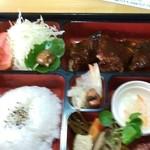 蒸鶏工房 白地商店 - 定食A 1000円