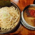 上野 戸みら伊本舗 - 辛つけ麺