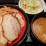 山岸一雄製麺所 - チャーシューつけ麺、炙り豚丼セット