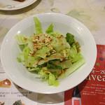 マトリョーシカ - セットのハト麦入りサラダ