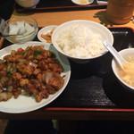 47424740 - ランチ 鶏肉中華味噌炒め