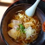 馬力本願 - 料理写真:醤油ラーメン(\580税込み)馬を使わないレシピから選択