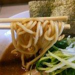 47445418 - 赤味噌 麺リフト