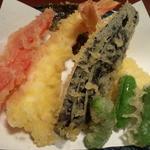 天ぷらさかおか - エビ、シシトウ、大葉、パプリカ、ナス 天ぷら定食
