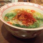 アジアン麺茶 - 甘辛牛肉と香り野菜のフォー(フォー・ボー)