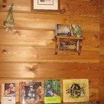 カフェトゥーリー - ママの大好きなターシャの本が並んでいます(*^。^*)