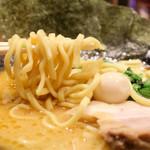 金山家 - 麺リフト