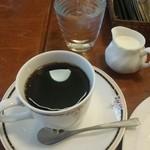 47454981 - コーヒー(ケーキと合わせて920円)
