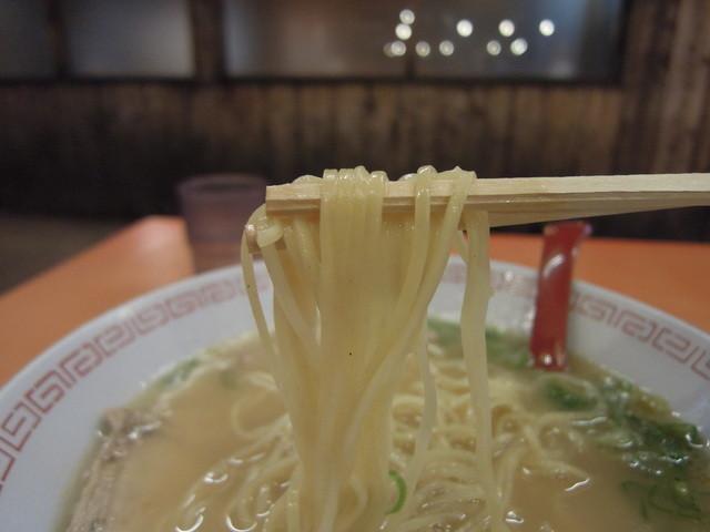 金龍ラーメン 道頓堀店 - 麺
