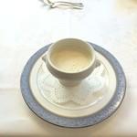 レストランアンド - きく芋のスープ