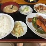 龍鳳楼 - 酢豚のランチ(648円)