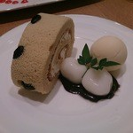 神戸風月堂カフェ - 和三盆ロールケーキ