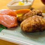 柳橋食堂 - 山笠セットのフグの唐揚げと明太子