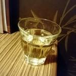 霧乃個室 清郎 - 白ワイン…グラスがちょっと…(^-^;