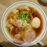 マルショウ - ワンタンメン味玉800円+100円