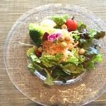 然 - 料理写真: ✨Today's Lunch✨1800yen その② 然の彩りサラダ ひよこ豆