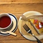 47481090 - 紅茶と季節のタルト