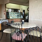 アランチャ - 2階がカフェ