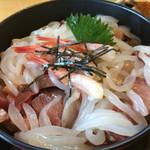 かねまつ - 海鮮丼 [大] ①