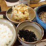 4749199 - めん定食(820円)