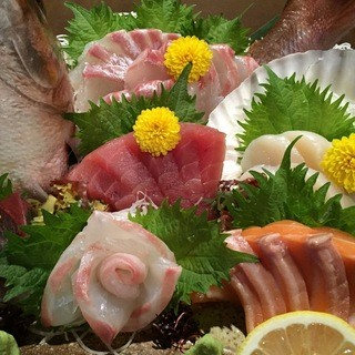 旬の大皿料理9品の豪華コース(120分飲放付)5000円