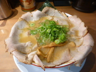 珍遊 大手筋店 - 鉢一面チャーシュー麺(並)