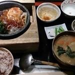 47493477 - 牛カルビと野菜の石焼き定食