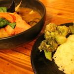 47498598 - SAMURAI祭 レギュラースープ2番 4品 豚角煮+厚切りベーコン+味付け半熟卵+サクサクブロッコリー ライスレギュラー 1480円