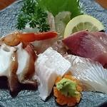 ひろ丸 - さし盛りがきさんじー魚料理や顔負けのええのんあらい