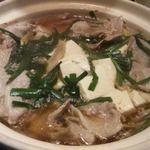 47500751 - 豆腐や肉などの鍋(コース)