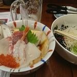 47501736 - 海鮮丼