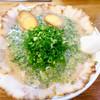 博多ラーメン ばりこて - 料理写真:ネギまみれ!
