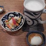 松好 - 生ビール&ピクルス