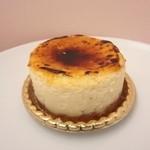 カプリス - 焼きチーズ440円+税