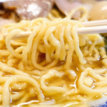 にぼっしー中華そば家 - 麺