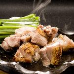 酔灯屋 - 肉汁がジュワーと炭の香り!博多華味鳥コロコロ炭火焼