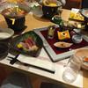 ホテル白洋 - 料理写真:夕食…左から海鮮鍋、刺身盛り、八寸、青魚のマヨネーズ和え?(^∇^)