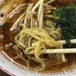 47512451 - 麺は御馴染みの加水率高め灌水が効いた中華麺