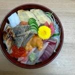 47515823 - 海鮮丼2700円